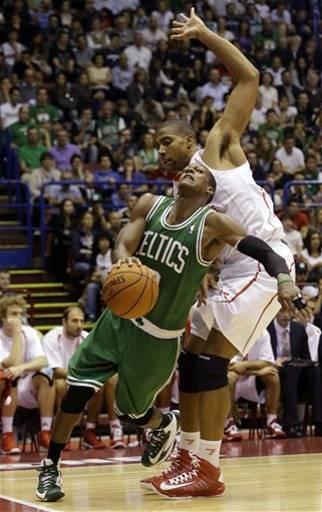 Los Celtics se desquitan en Milán