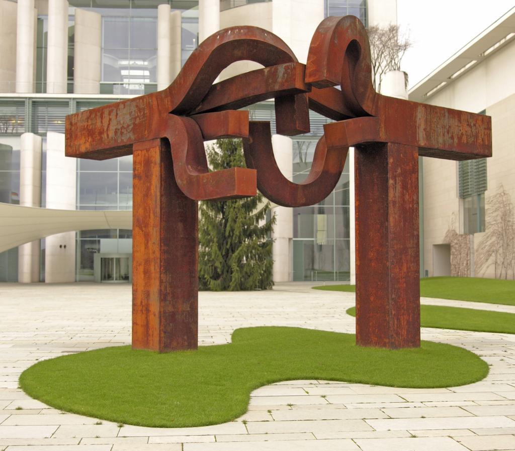 Eduardo Chillida, el escultor de la Real Sociedad