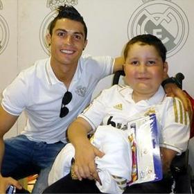 Cristiano Ronaldo y Jorge Mendes financian el tratamiento de Nuhazet