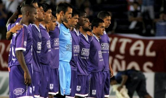 Debuta Defensor por la Libertadores ante Vélez Sarsfield