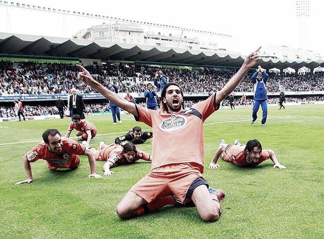 El Deportivo gana el derbi y sigue su camino hacia Primera (Todos los goles de la Liga Adelante)