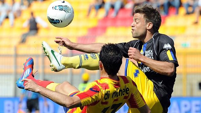 El Parma vence a domicilio y hunde al Lecce