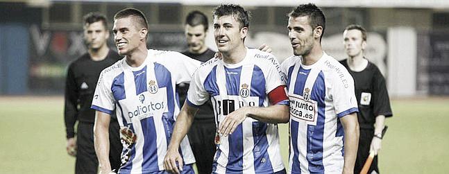 El capitán del Avilés Juan Díaz deja el fútbol en activo