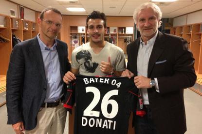 Bayer Leverkusen fecha com Giulio Donati