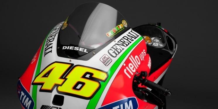 La Desmosedici GP12 de Ducati sale a la luz