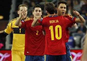 España apabulla a Tailandia en el primero de los dos amistosos preparatorios para la cita mundialista