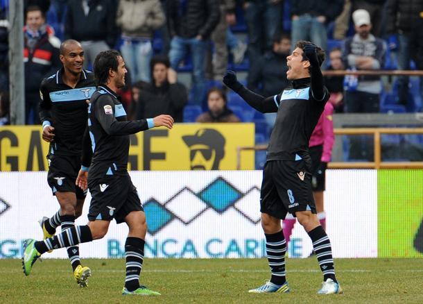 La Lazio se pone segunda con muy poco