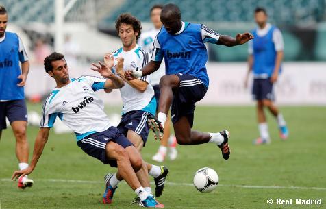 El Madrid estuvo arropado en su último entrenamiento