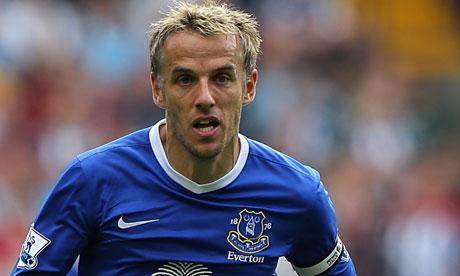 Phil Neville deixará o Everton ao fim da temporada