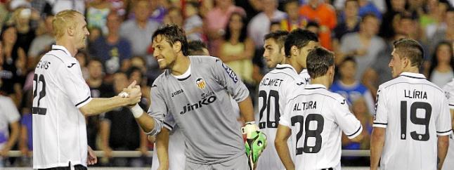 El Valencia se lleva el Trofeo Naranja en los penaltis