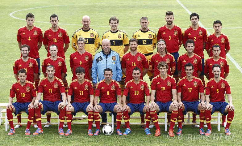 La Roja se hace la foto oficial para la Eurocopa