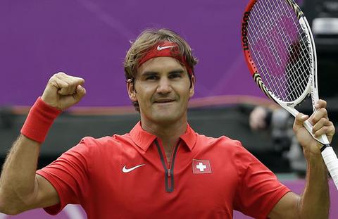 Un heroico Federer peleará por el oro