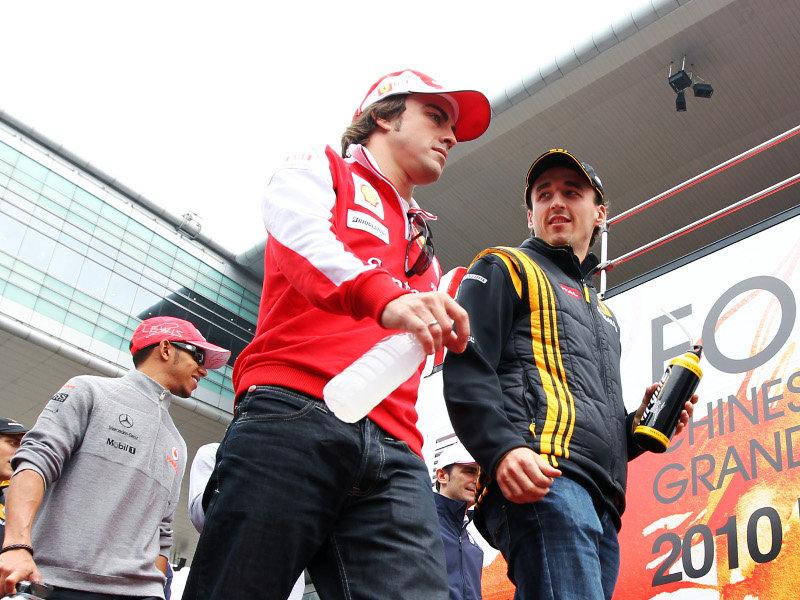 Alonso afirma que es complicado asegurar la vuelta de Kubica