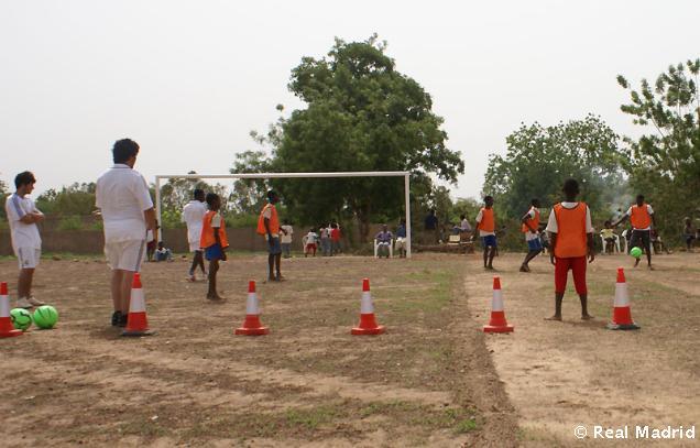Fundación RealMadrid imparte un curso en Burkina Faso