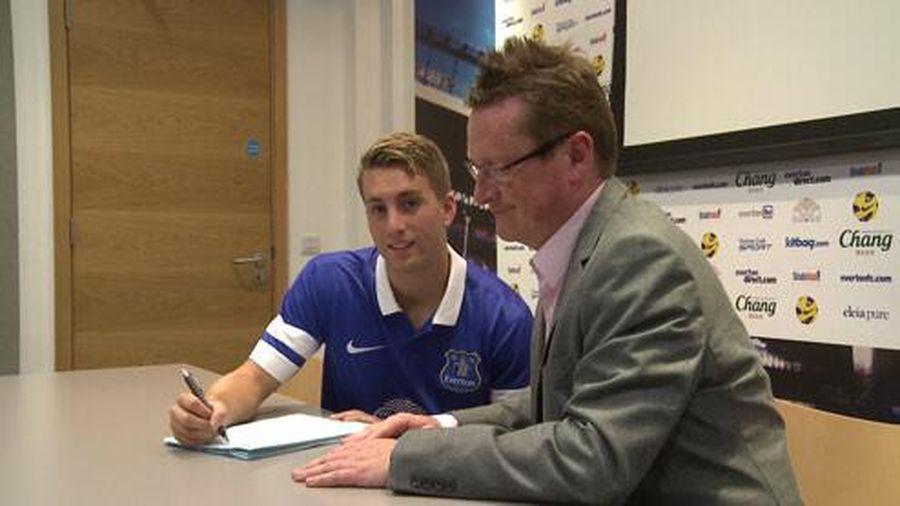 Everton assina com grande promessa do Barcelona por empréstimo