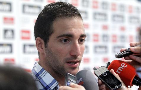 """Higuaín: """"Tenemos que entrar en la dinámica de jugar y ganar"""""""