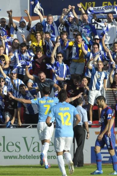 El Hércules gana en Huesca el derecho a luchar por volver a primera
