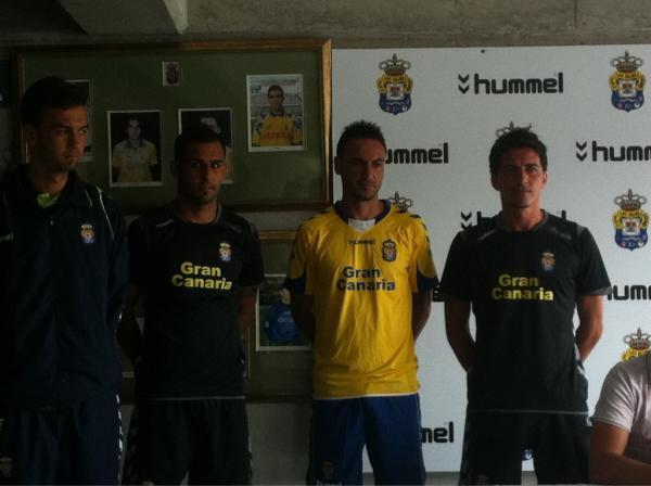 La UD Las Palmas presenta su nueva equipación