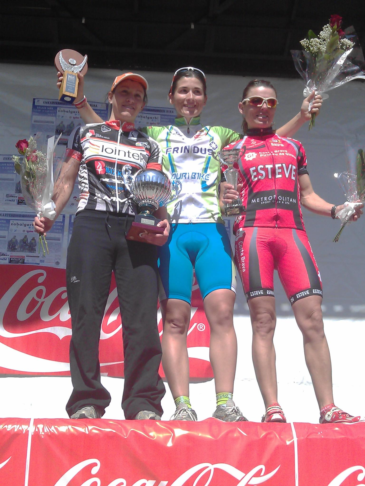 Anna Ramírez gana la I Enkarterriko Emakumeen Saria
