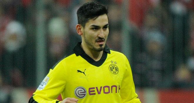Gündogan descarta sair do Borussia Dortmund