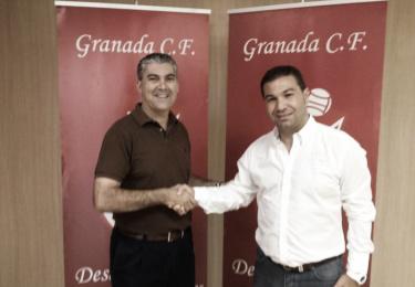 Joseba Aguado seguirá como entrenador del Granada B