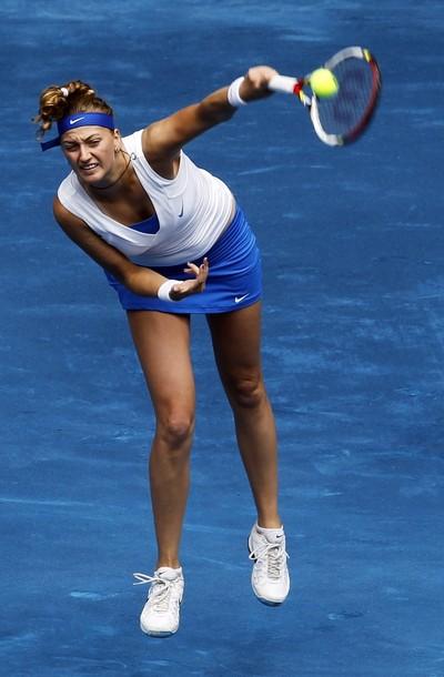 La campeona, Petra Kvitova cae y Azarenka sigue brillando