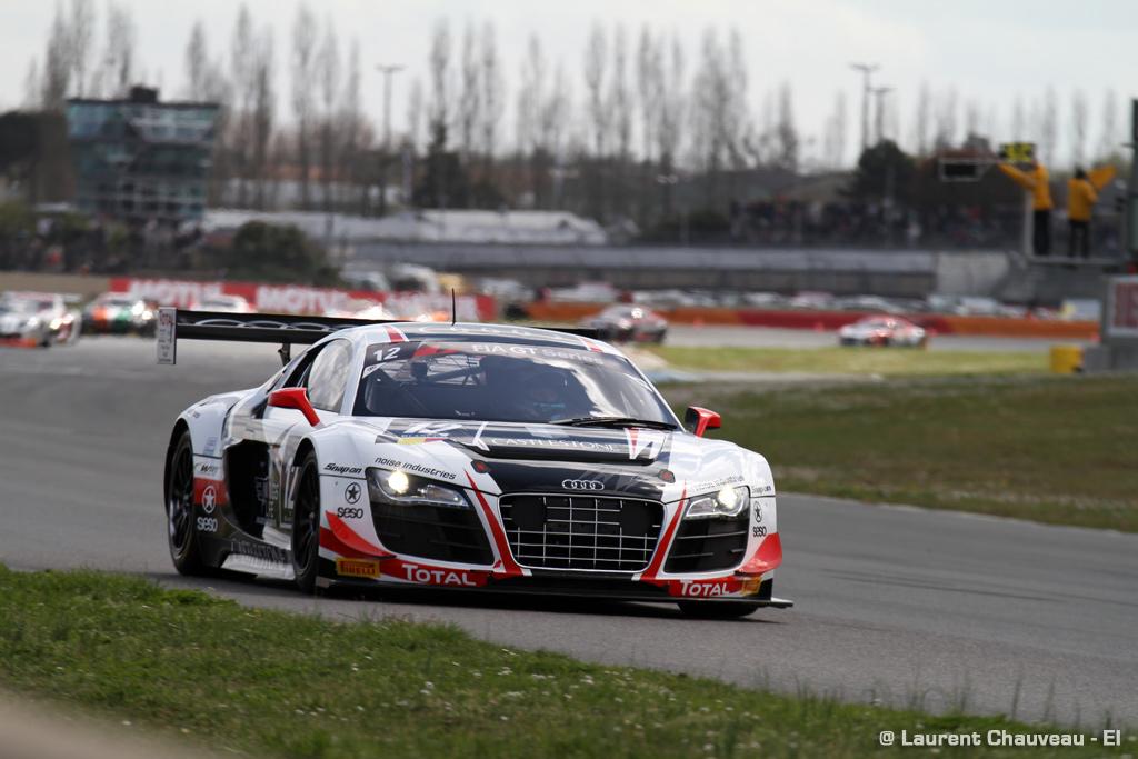 FIA GT : Brelan Audi WRT sous la pluie à Nogaro