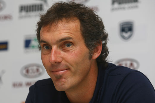 Laurent Blanc pessimiste sur les chances de la France à l'Euro 2012