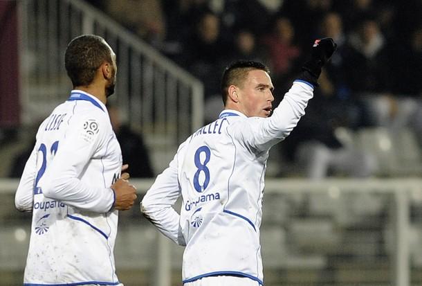 Auxerre profite des suffisances du PSG