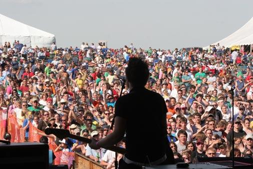 Meses de festivales, conciertos y muertes inesperadas