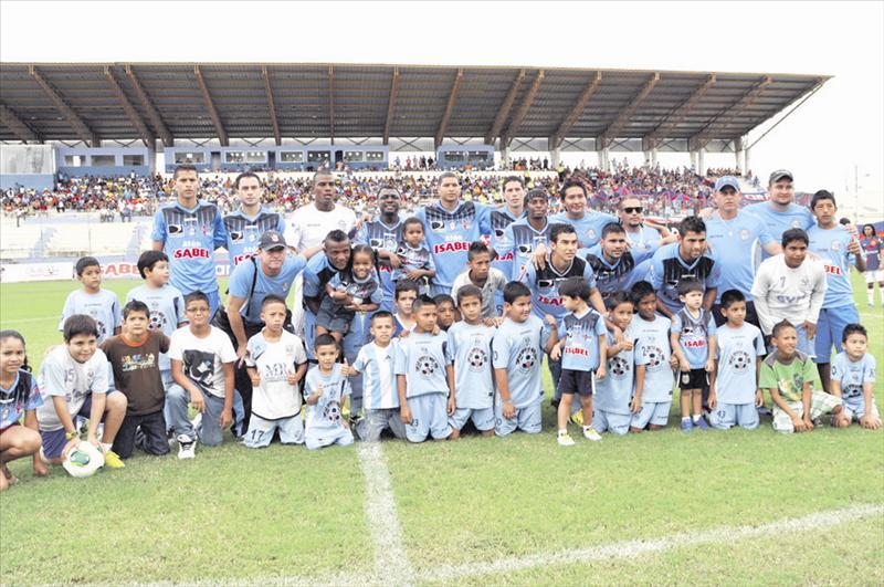 Manta FC jugará partido amistoso frente a Alianza Lima