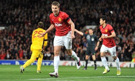 Fútbol de instantes del Manchester United para doblegar al Galatasary