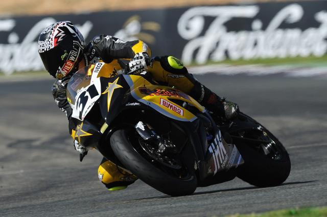 Carmelo Morales vence en Albacete y se proclama Campeón de Europa de Superstock 1000