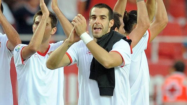 """Negredo: """"Cuando venía a Sevilla con el Almería pensaba que eran tres puntos menos"""""""