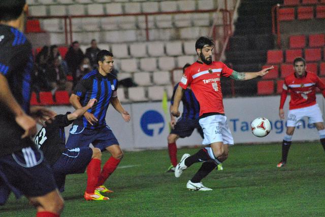 Gimnàstic de Tarragona 1-1 Huracán Valencia: los reyes del empate del grupo III suman otro empate