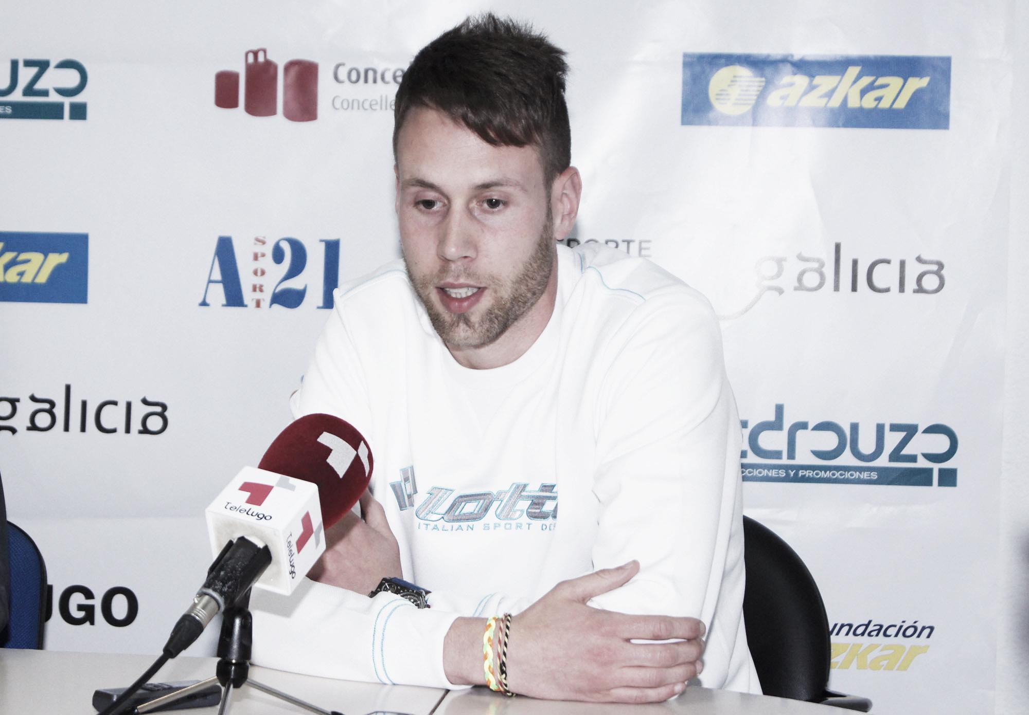 Óscar Iglesias renueva por una temporada con Azkar Lugo