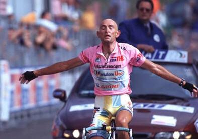 Pantani sentencia el Giro en Montecampione