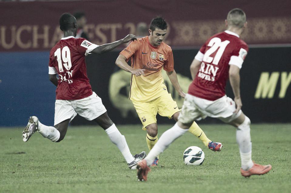 El Barcelona cierra la pretemporada con una victoria en Rumanía