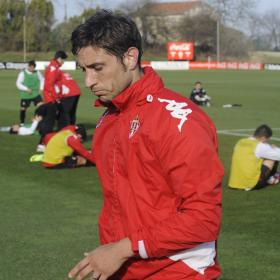 Eguren rescinde su contrato con el Sporting