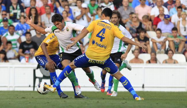UD Las Palmas -  Racing de Santander: la Copa para curar heridas