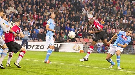 El Nápoles se deja llevar ante el PSV