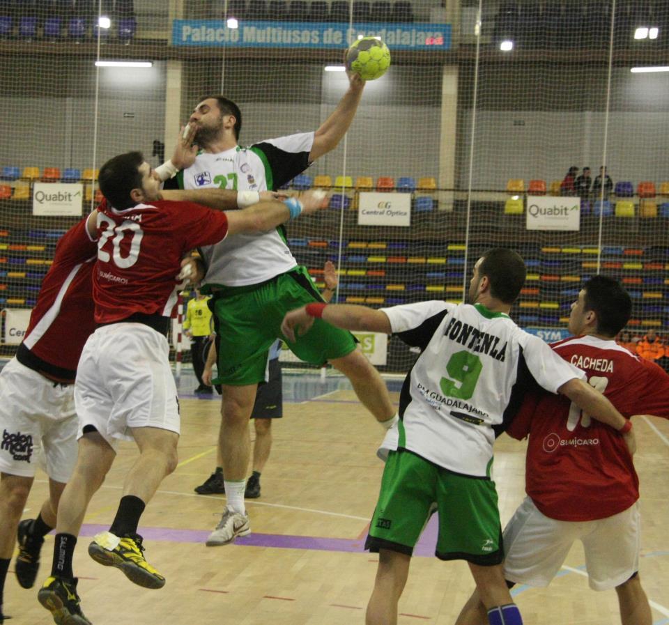 Anaitasuna y Valladolid consiguen su primera victoria en ASOBAL