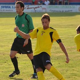 El Real Murcia salva un empate contra la Roda CF