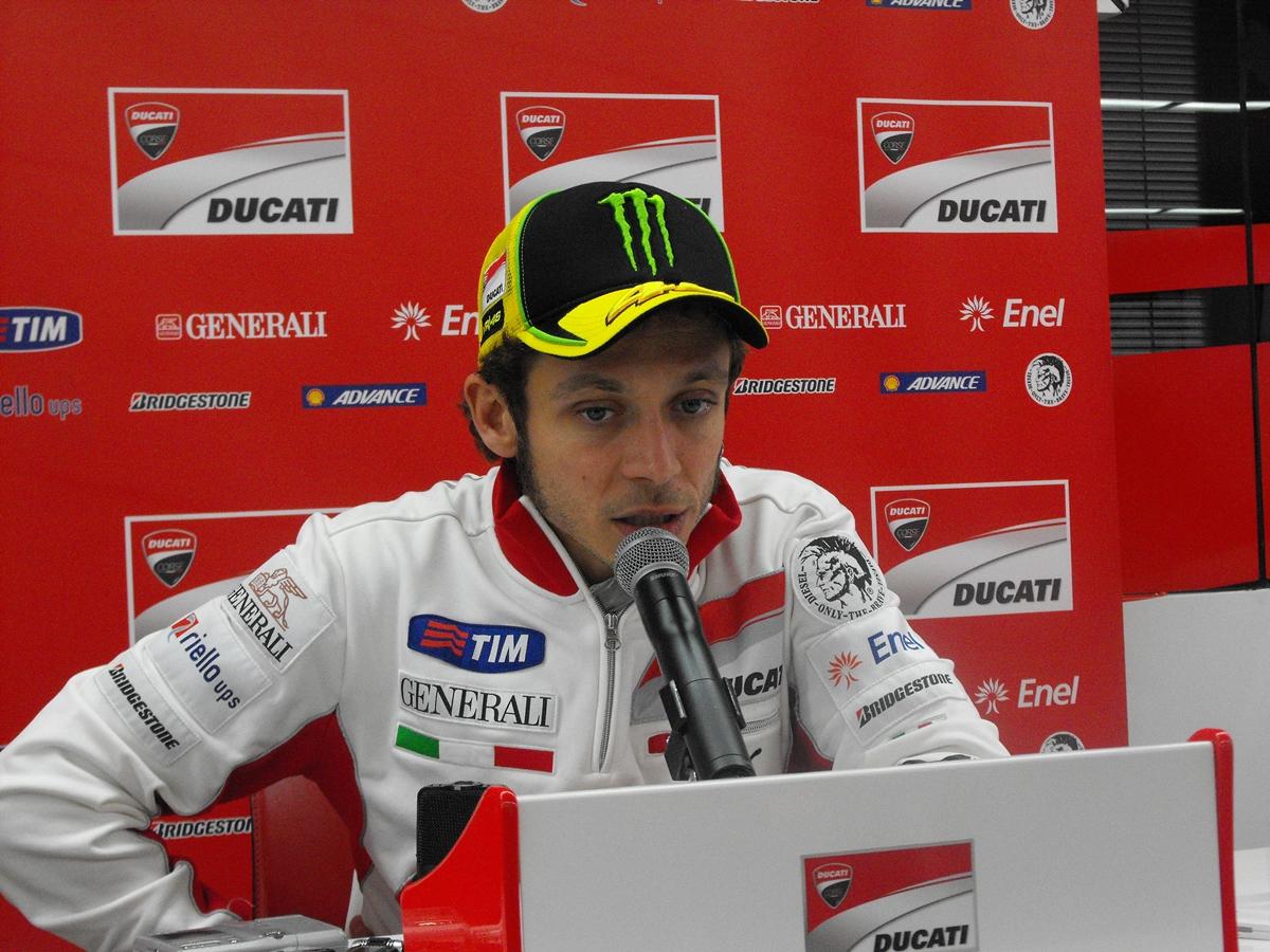 """Valentino Rossi: """"No sé dónde está la polémica de la salida de Misano"""""""
