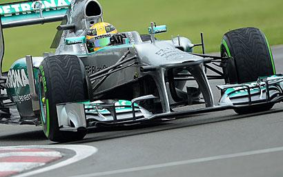 F1 : Hamilton poleman, 1ère ligne pour Mercedes !