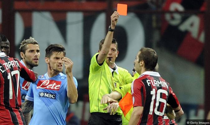 Milan cede empate e Napoli mantém a diferença na segunda posição