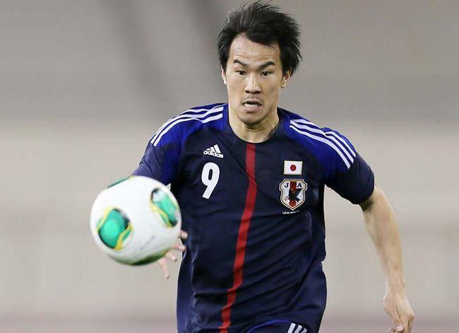 Okazaki vibra com marca pessoal, mas lamenta despedida sem vitórias do Japão
