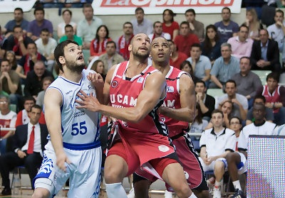 Lucentum Alicante se impone 78-82 en Murcia y corta la racha local