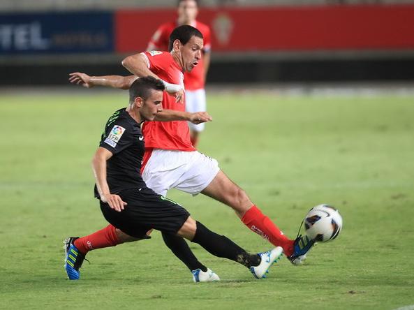 Murcia y Córdoba empatan en un pobre partido
