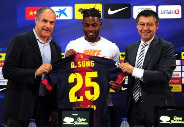 """Song: """"Jugar en el Barça es algo que solo ocurre una vez en la vida"""""""